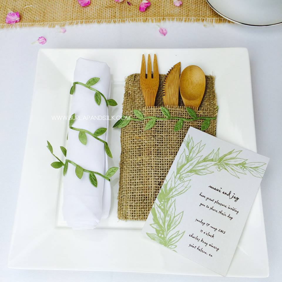Rolled Napkin-Folding Style for Rustic Asian Weddings